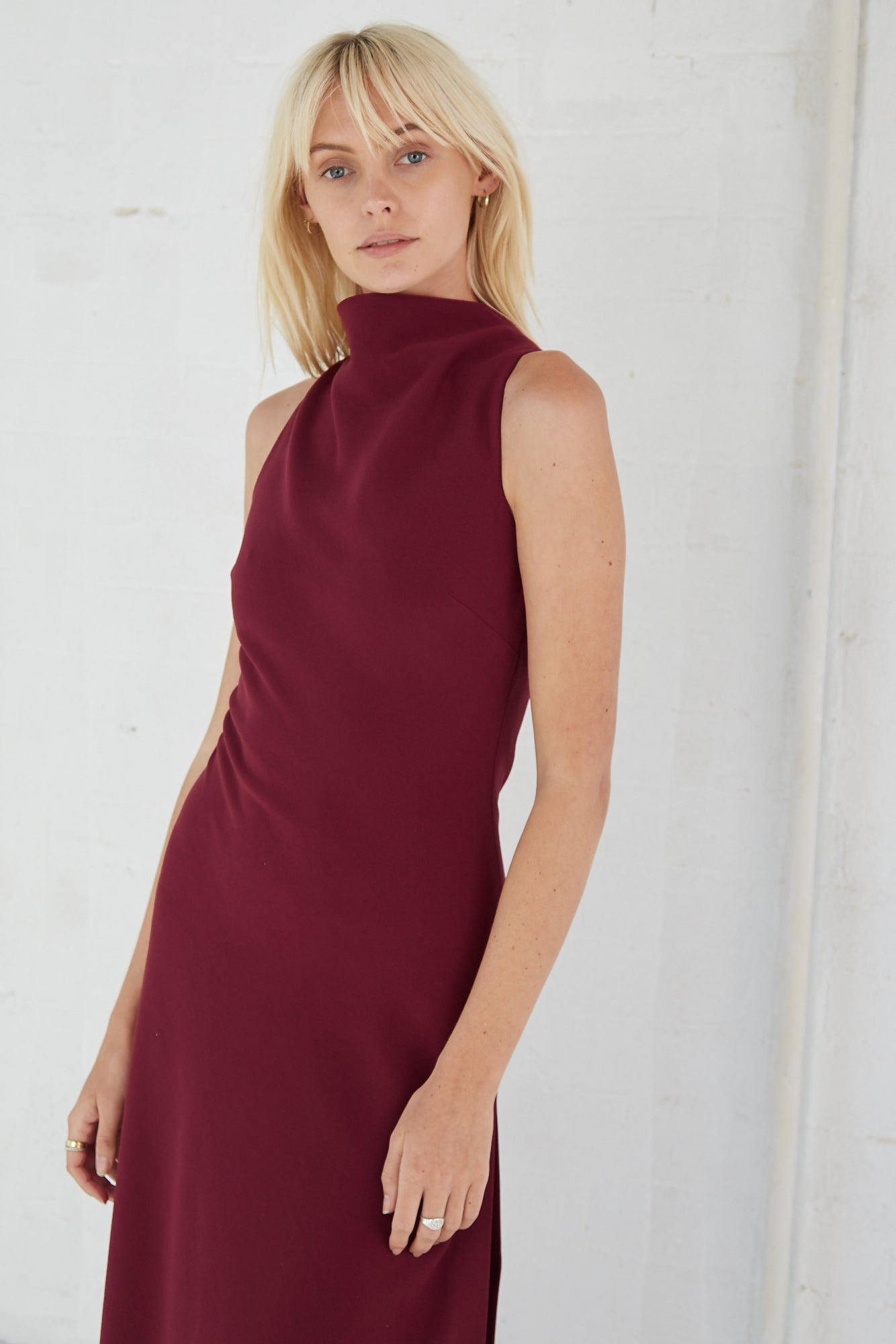 RISING MIDI DRESS | BURGUNDY