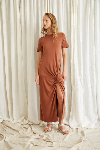 TWISTED TEE DRESS | CINNAMON
