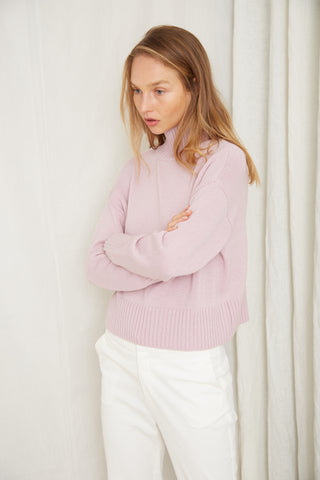 LIFT UP KNIT TURTLE NECK | LAVENDER