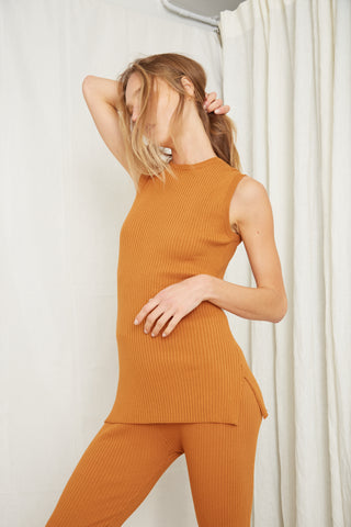 LONG LINES KNIT RIB TANK | OCHRE