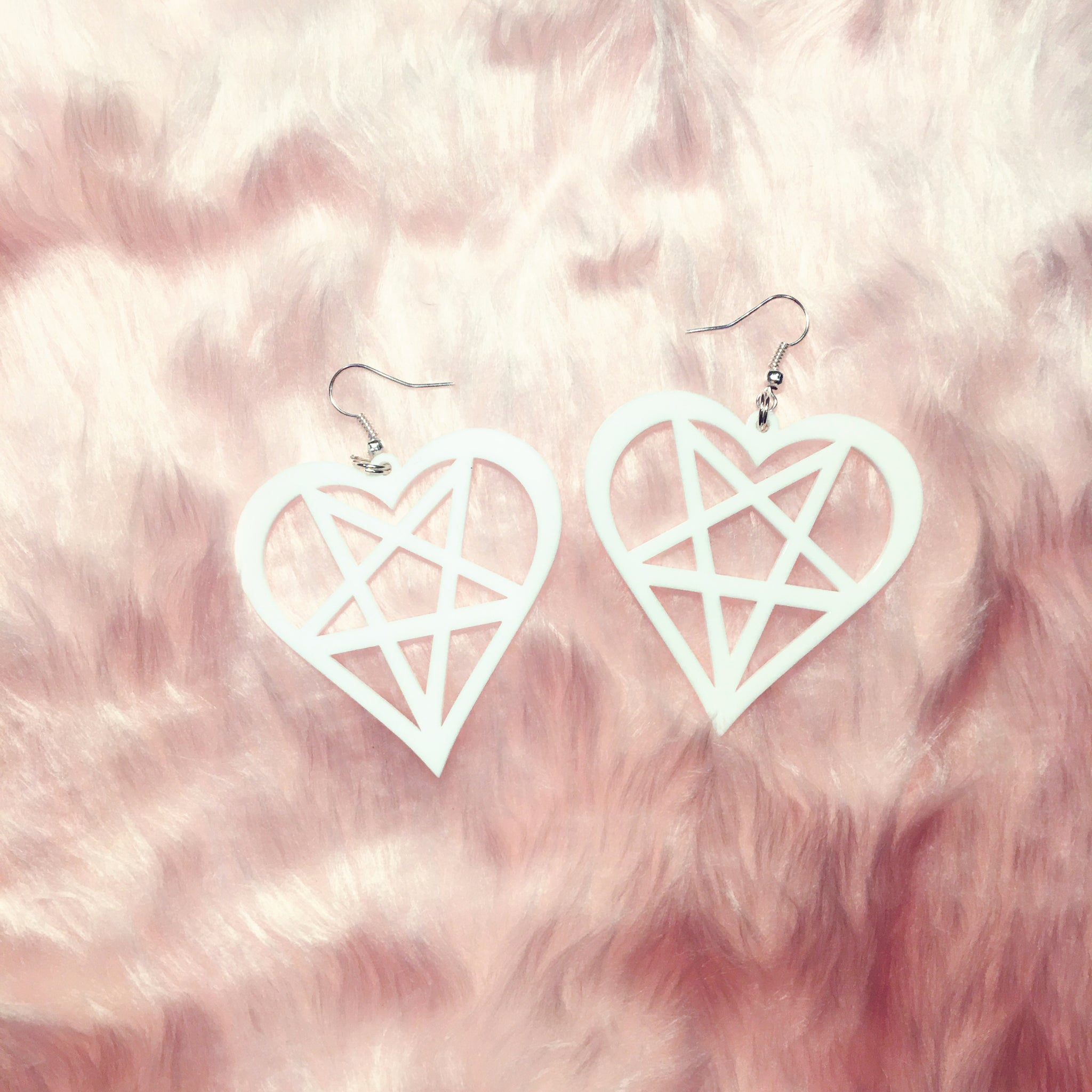 white angelic pentagram magical girl earrings heart star laser acrylic cut jewellery at BABY VOODOO - Shop BABYVOODOO.COM