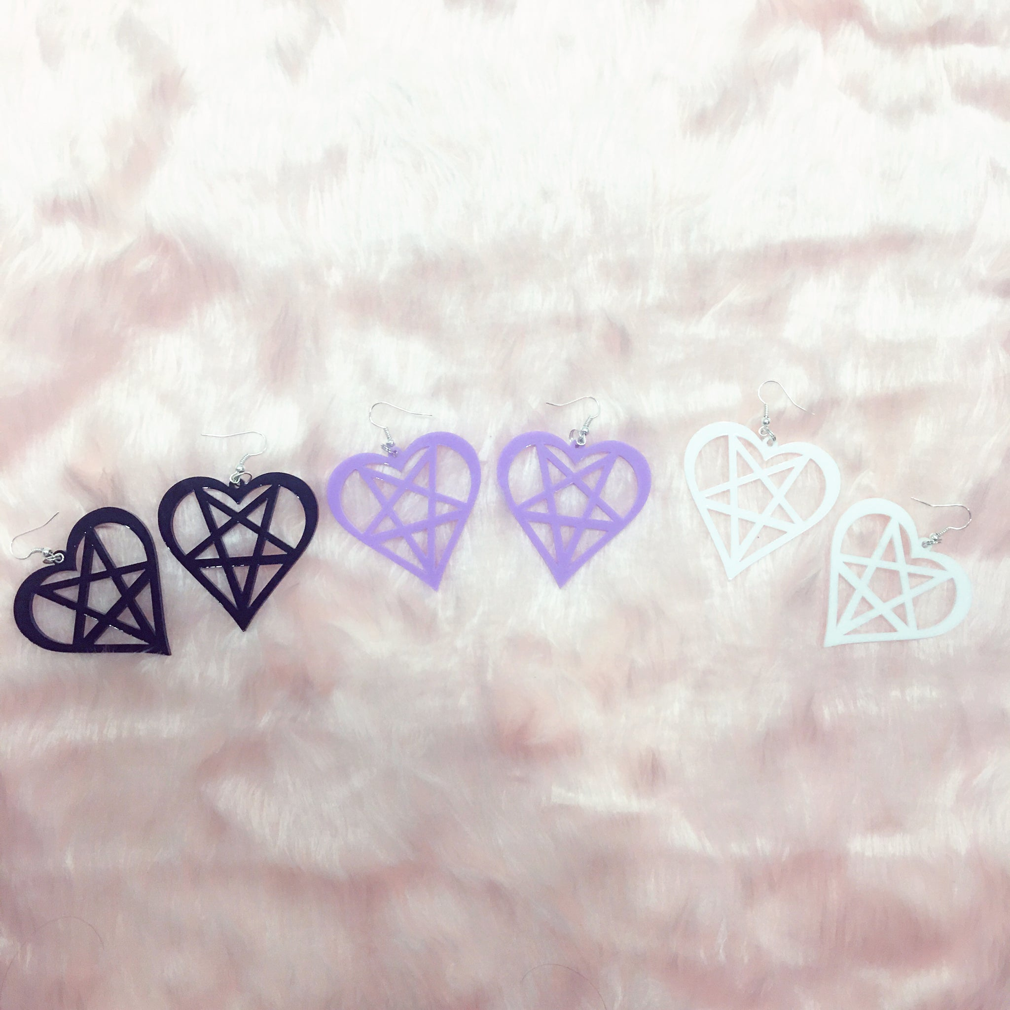 magical girl pentagram acrylic heart star earrings at BABY VOODOO - babyvoodoo.com - kawaii jewellery