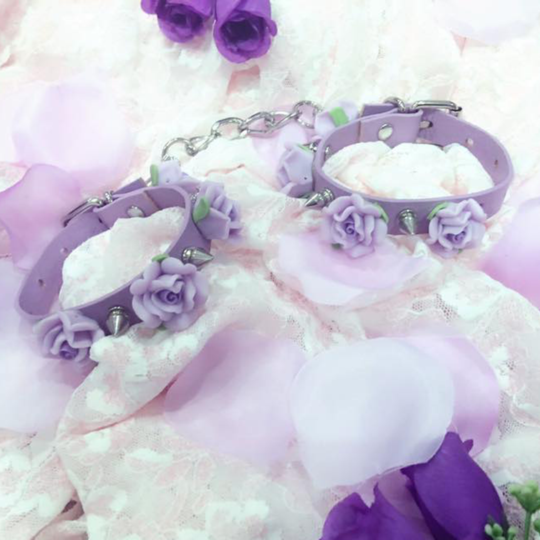 FLORA CUFFS (Lilac/Purple)