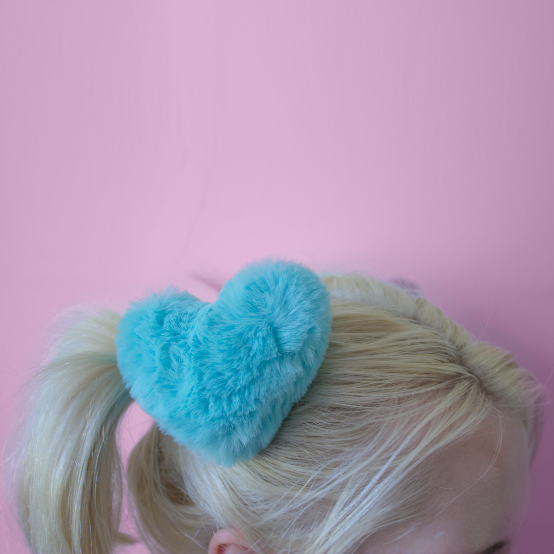 large blue fluffy heart hair accessories - hair clips at babyvoodoo.com - pastel goth cosplay cute kawaii hair accessories at baby voodoo