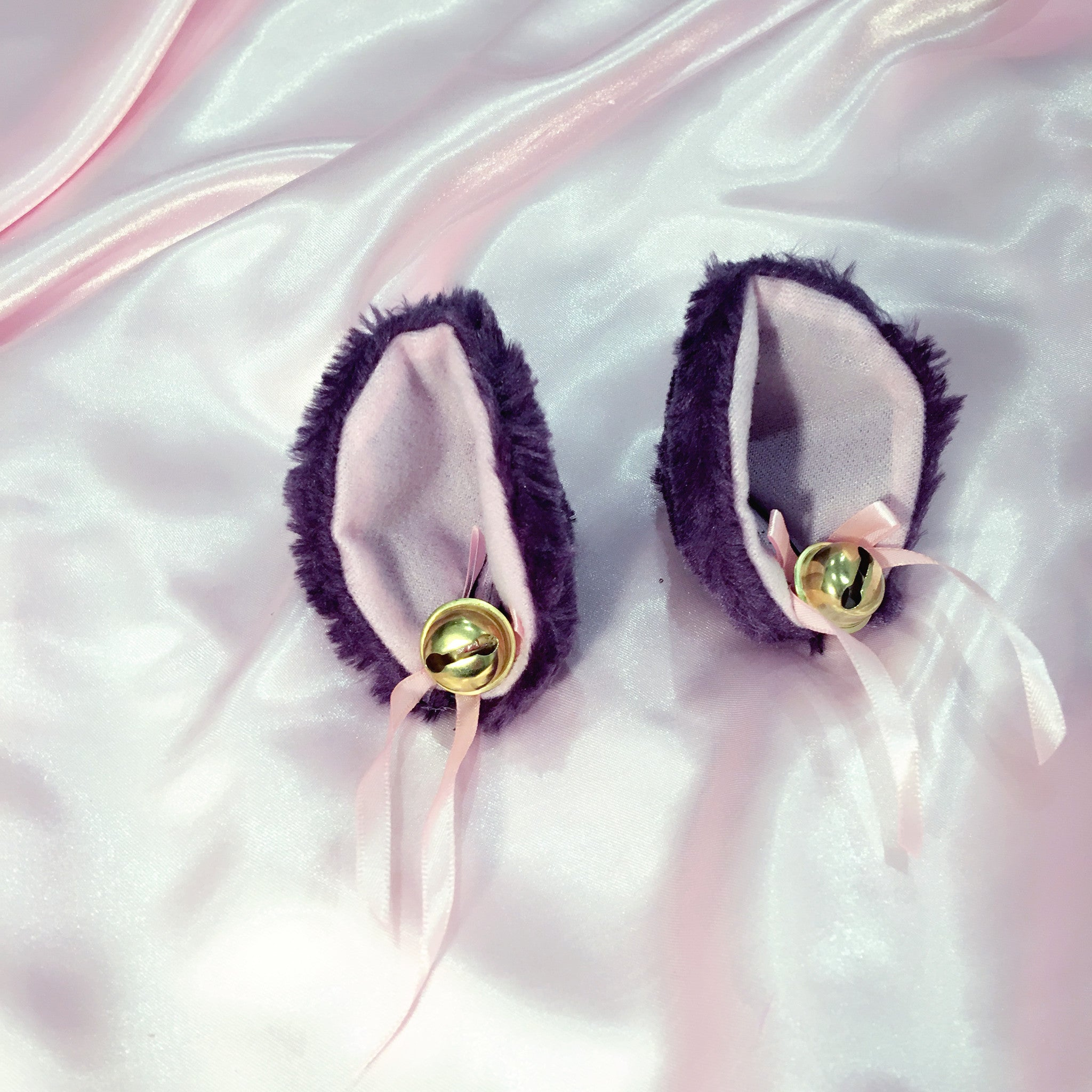 Black Pink White Purple Kitty Ears PetPlay Ears Kitten Hair Clips Bell Bow - Bdsm Fetish Cute Kawaii Lolita Cat Style Ears at BABY VOODOO - BABY VOODOO.COM
