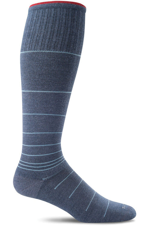 Sockwell Therapeutic Compression Socks M/L / Denim / MERINO WOOL/BAMBOO/NYLON/SPANDEX Men's Circulator | Graduated Compression Moderate 15-20 mmHg SW1M