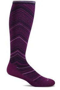 Women's Full Flattery | Graduated Compression Moderate 15-20 mmHg SW57W Therapeutic Compression Socks Sockwell S/M Violet MERINO WOOL/BAMBOO/NYLON/SPANDEX