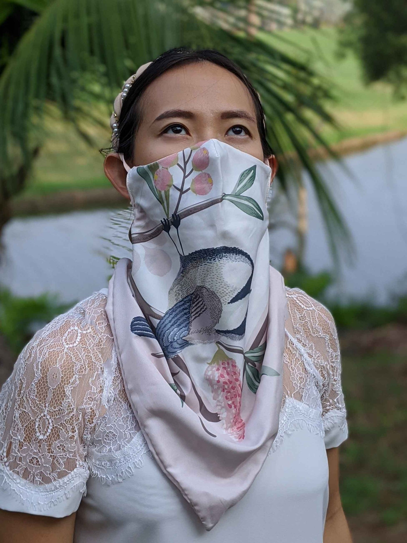 The Manta Mask with Adjustable Ear Loops - Bird on Pink White Scarf