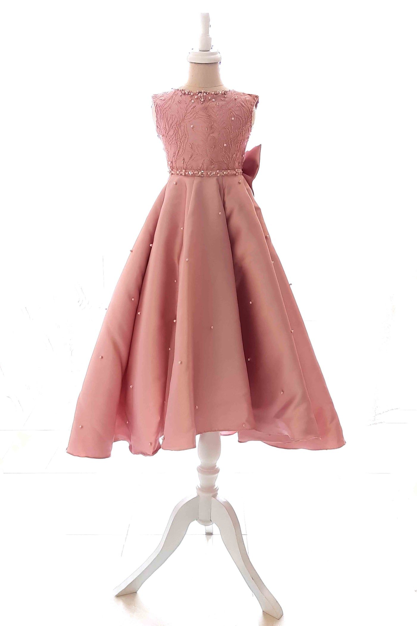 Rent : Peaches Pinkish - Pink Sleeveless Kids Ball Gown