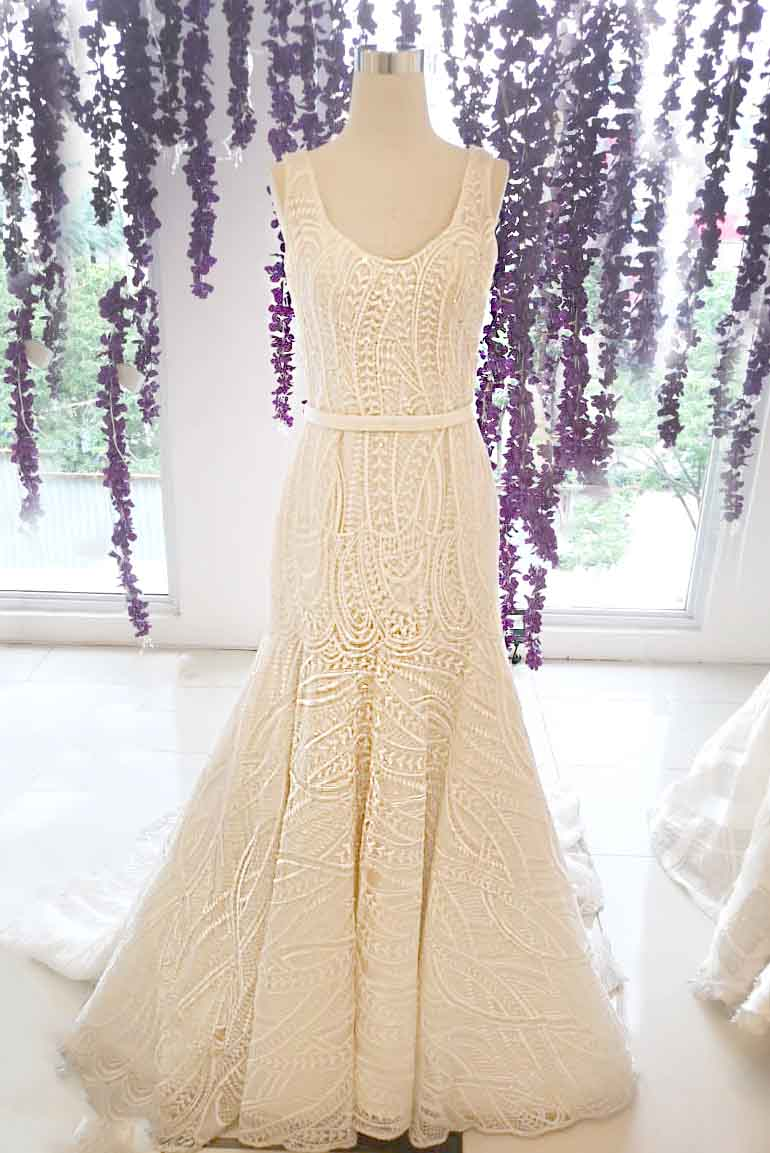 Rent: BRAMANTA WIJAYA Mermaid Wedding Gown