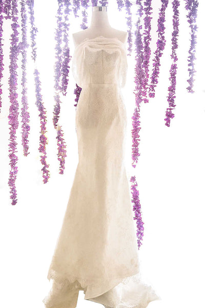Rent : Bramanta Wijaya - Sweetheart Embroidery Mermaid Wedding Gown