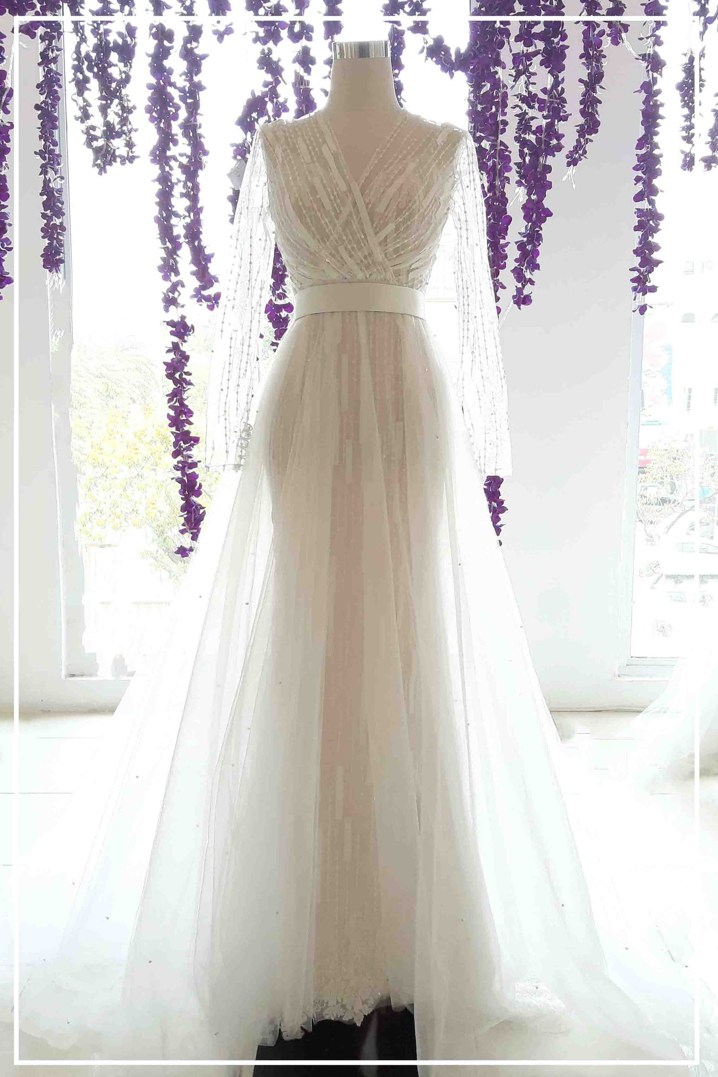 Rent: Bramanta Wijaya - Sweetheart Pearl Strap Convertible Wedding Gown