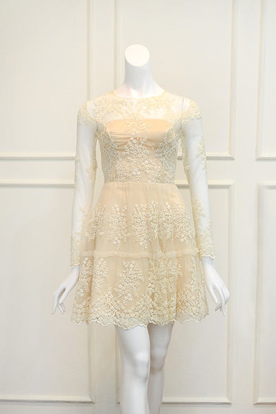 Rent: Gisela Privee White Lace Long Sleeves Dress