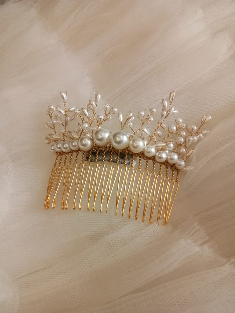 Rent: Carnic Hair Accessories