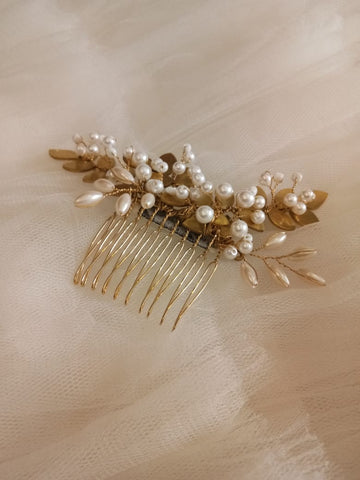 Rent: Duscle Hair Accessories