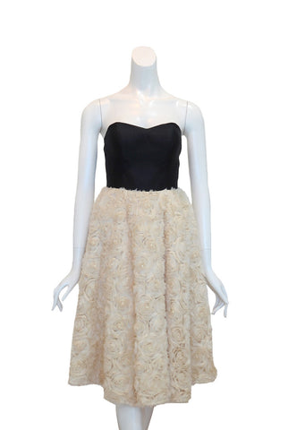 Buy: Gisela Privee Black & White Sweetheart Flower Dress