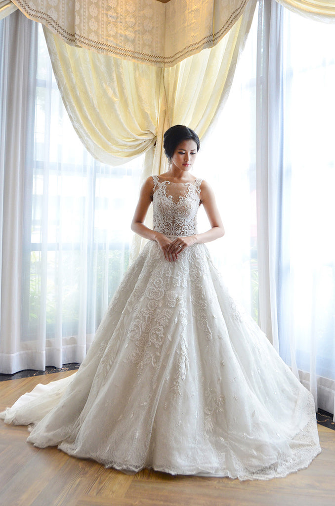 Rent: Melisa Sigit Sleeveless Pearl Wedding Gown