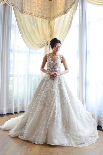 rent a wedding dress wedding dresses by lhuillier vera wang yefta 7059