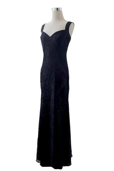 Sale: Monique Lhuillier Navy Lace Dress
