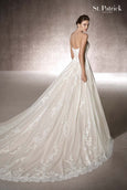 Rent : San Patrick by Pronovias - Malisa Wedding Gown