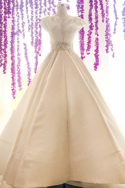 Rent: Sebastian Sposa - Wedding Satin Ball Gown with Cap Sleeves