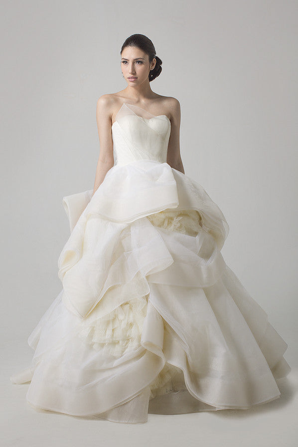 11f46d94f5a Vera Wang - Rent  Vera Wang Katherine Wedding Gown-The Dresscodes - 1
