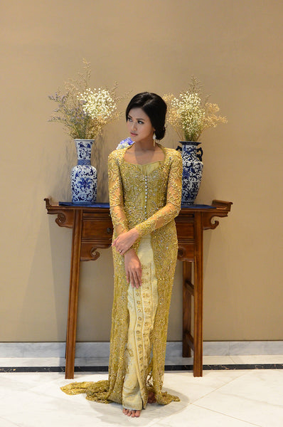 Rent: Vera Kebaya Beaded Kebaya Songket & Tenun Set