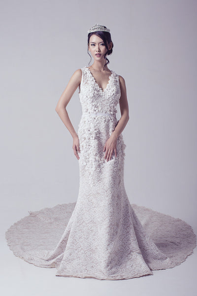 Veronika Vidyanita - Rent: V-neck Sleeveless Lace Gown-The Dresscodes - 1