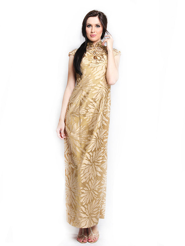 Widhi Budimulia - Buy: Beaded Jacquard Cheongsam-The Dresscodes - 1