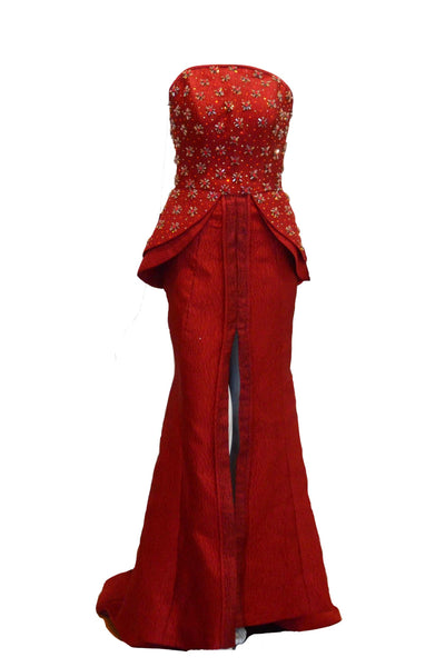 Rent: Yefta Gunawan Peplum with Slit Mermaid Gown