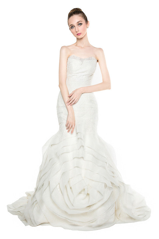 Yefta Gunawan - Buy: Ivory Lace Organza Wedding Gown-The Dresscodes - 1