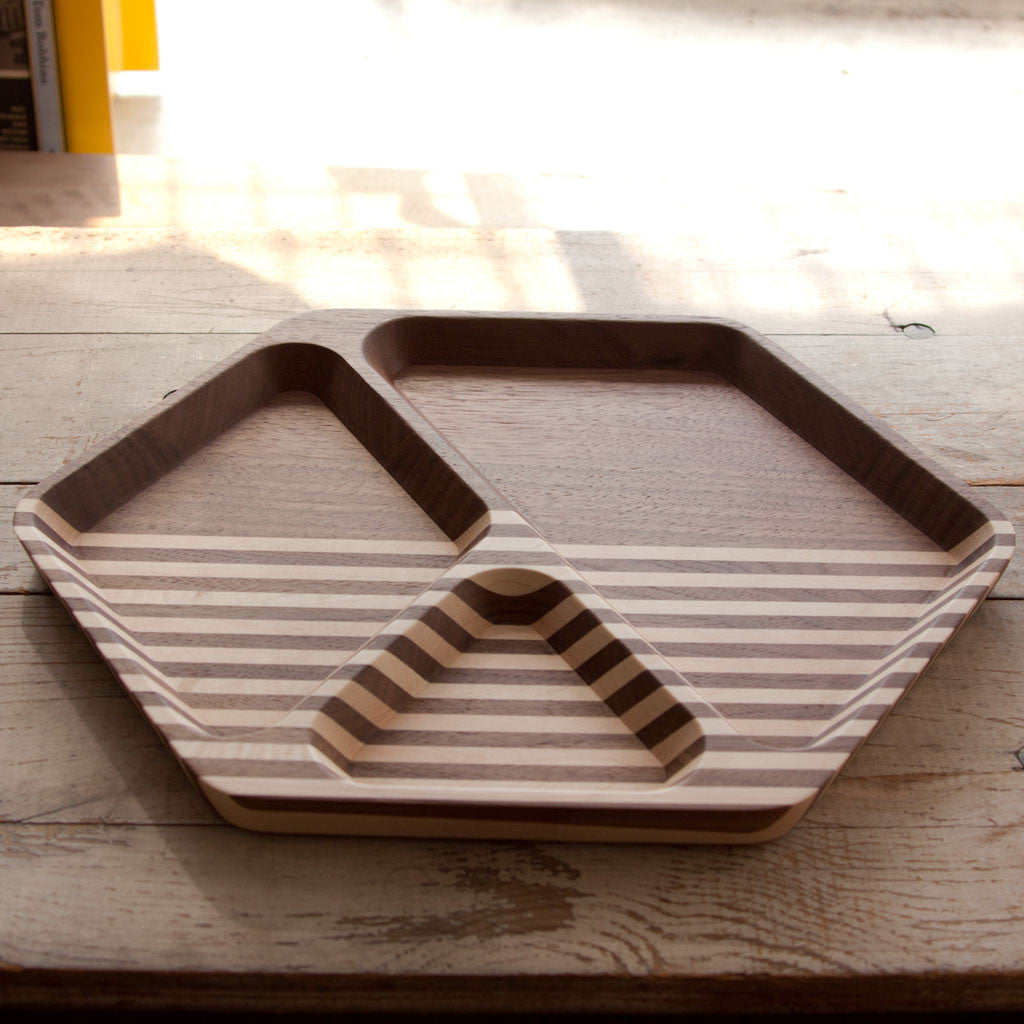 Large Hexagonal Tray - Walnut - Langsom