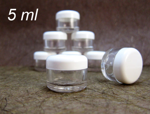 50 Cosmetic Sample Jars Round Clear plastic /w White Caps 5 grams 0.17 oz