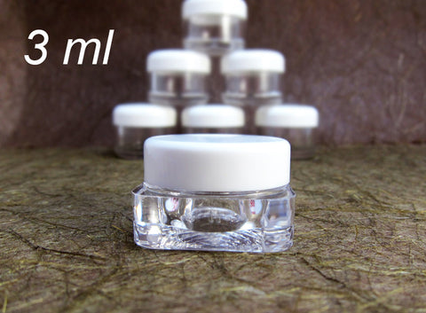Square Cosmetic Sample Jars - Clear plastic /w White Round Caps - 3ml, 0.10oz