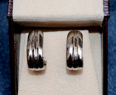 18K Palladium White Gold Post Earrings