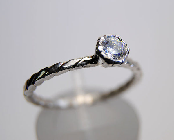 Engagement Ring Hexagonal Bezel Mount Diamond - riccoartjewelry.com  - 3