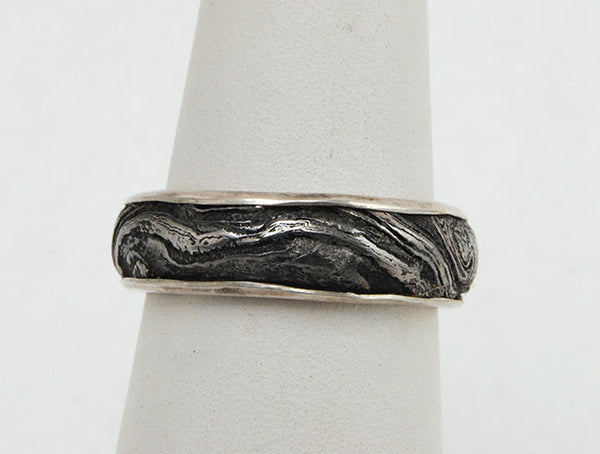 Bespoke Damascus Steel Ring with Gold Liner - riccoartjewelry.com  - 4