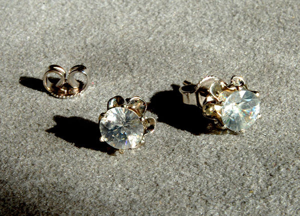 Zircon Stud Earrings 14K White Gold - riccoartjewelry.com  - 1