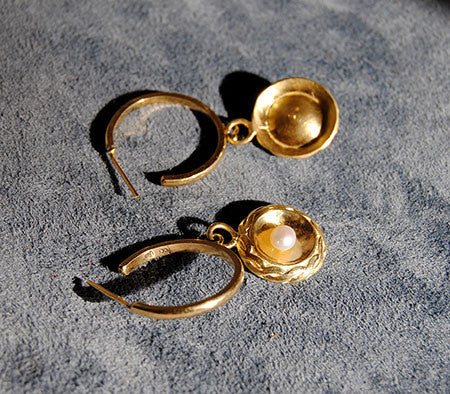 18K Gold Hoop Earrings with Pearl Drops - riccoartjewelry.com  - 5