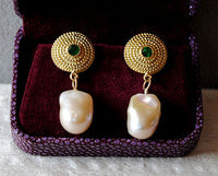 18K Gold Earrings with Emeralds and Baroque Keshi Pearls - riccoartjewelry.com  - 5