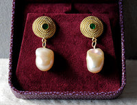 18K Gold Earrings with Emeralds and Baroque Keshi Pearls - riccoartjewelry.com  - 4