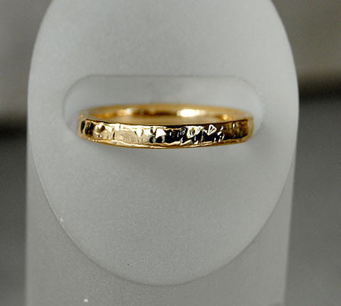 14K Gold Textured Wedding Band - riccoartjewelry.com
