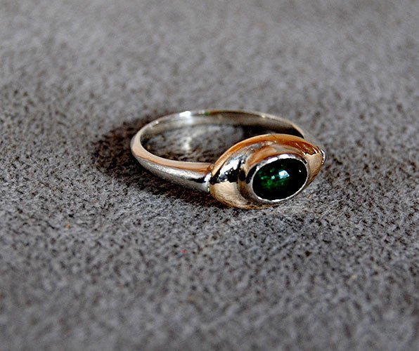 14K Gold Ring with Emerald Cabochon - riccoartjewelry.com  - 2