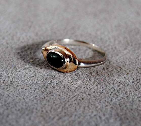 14K Gold Ring with Emerald Cabochon - riccoartjewelry.com  - 3