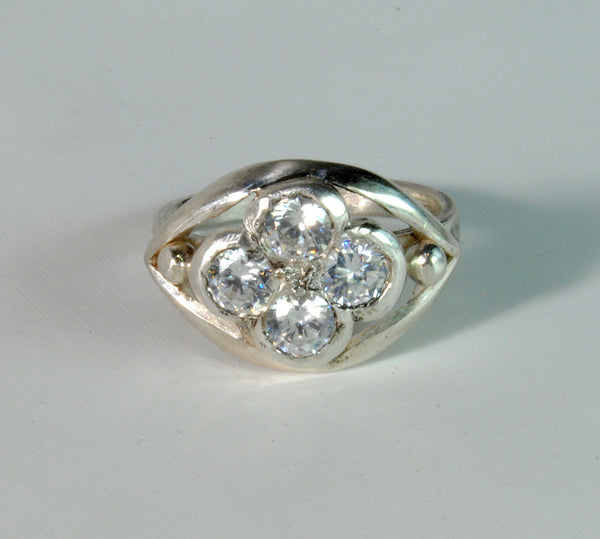 18K Gold Ring with One Carat Diamond Cluster Custom Order - riccoartjewelry.com  - 4