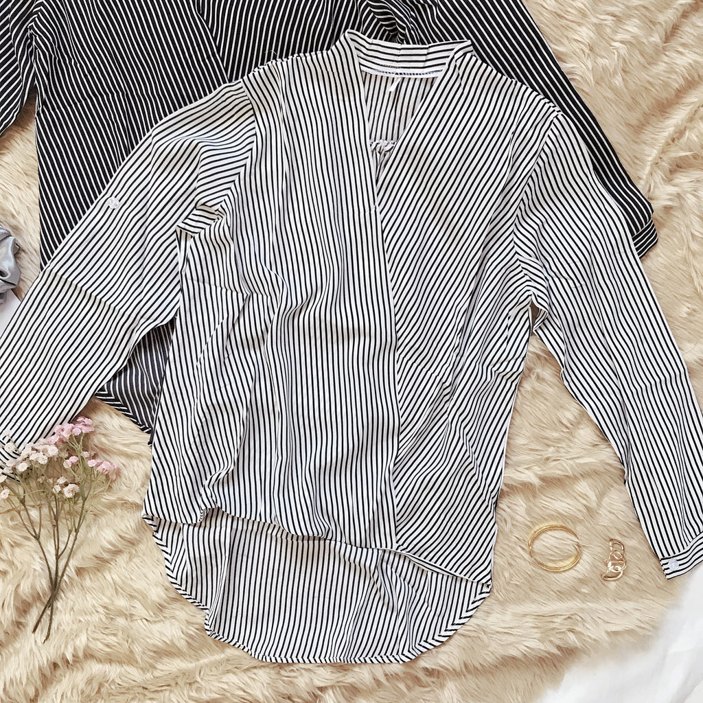 CARLY Surplice Long Sleeves Top