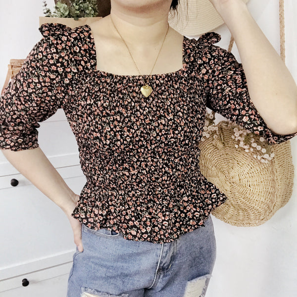 COLEEN Smock Puff Sleeves Top - Black Floral