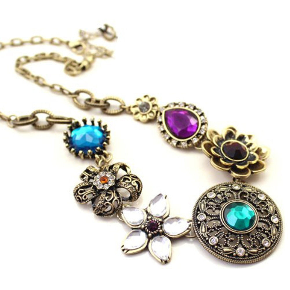 Gorgeous European Style Crystal Flowers Necklace