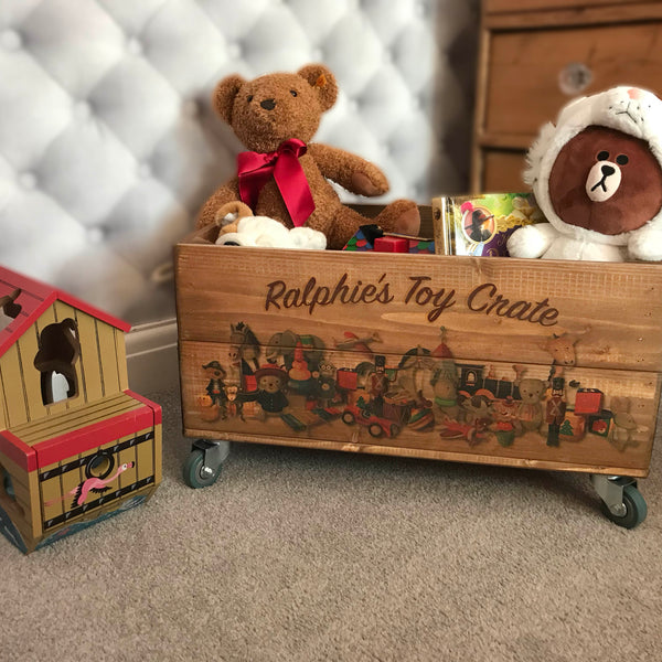 VINTAGE TOYS CRATE