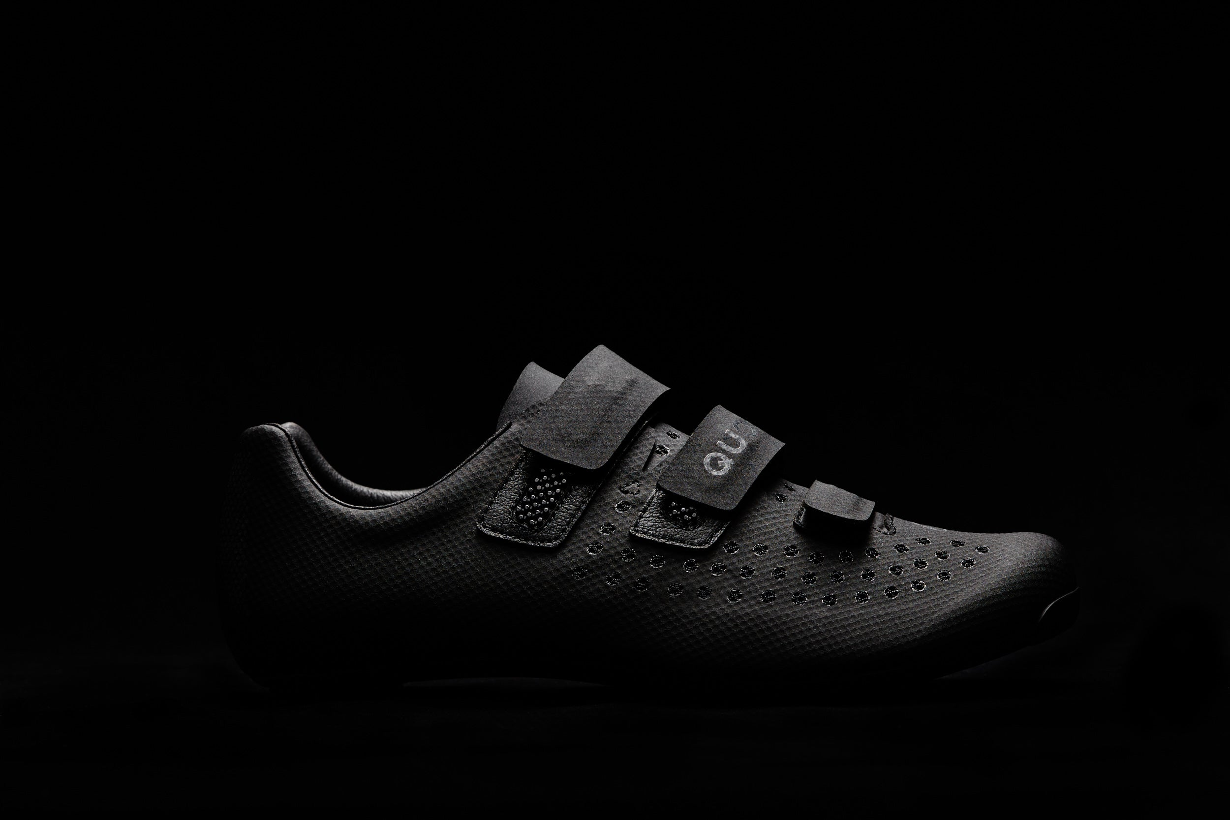 Quoc Night Mono Shoe